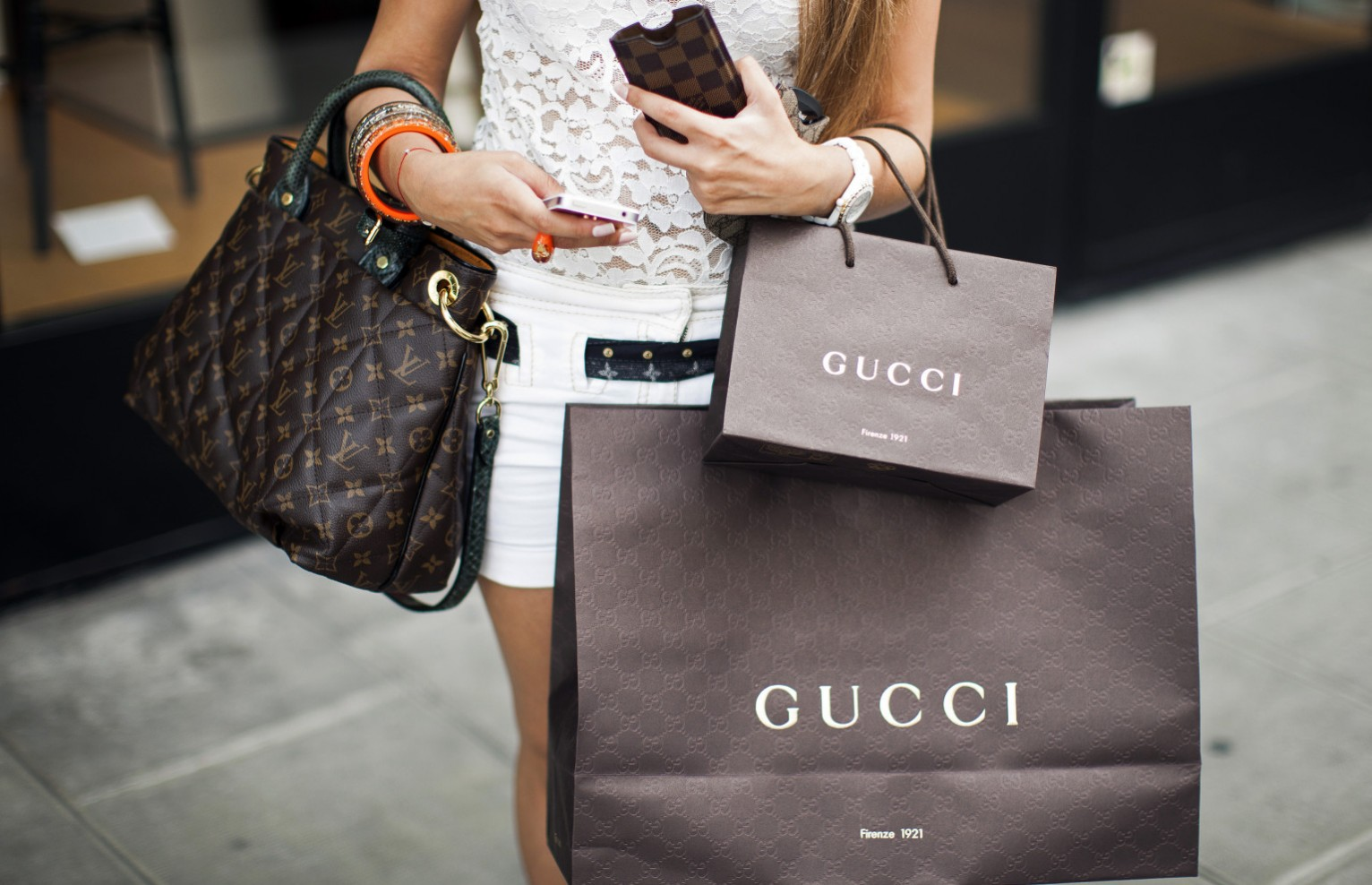 The Luxury European Shopping Tour - Citizen Femme bd88acc8035