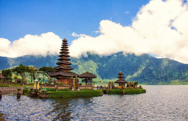 Lovin' Lovina, North Bali