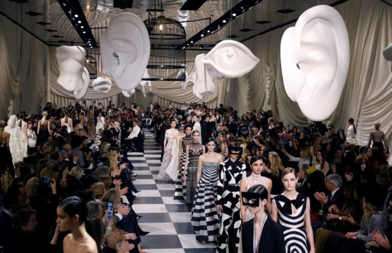 Paris Fashion Week: A Week of Everything à la Mode