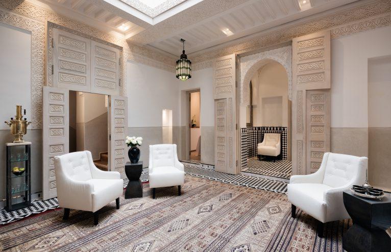 Serenity in the Madness: Riad Farnatchi in Marrakech