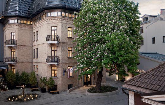 Wake Up Here: Hotel Bergs, Riga