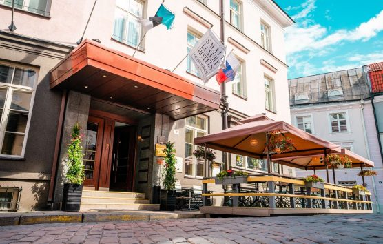 Hotel St Petersbourg: Small Luxury in Tallinn