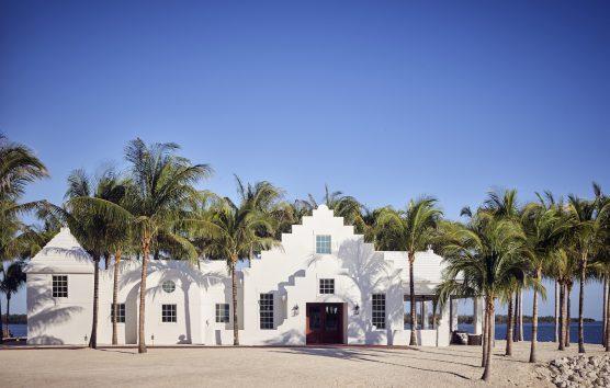 Isla Bella: The Luxe Beach Retreat In Florida Keys