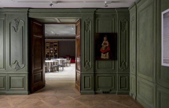 Romance at the Revived Bayerischer Hof, Munich